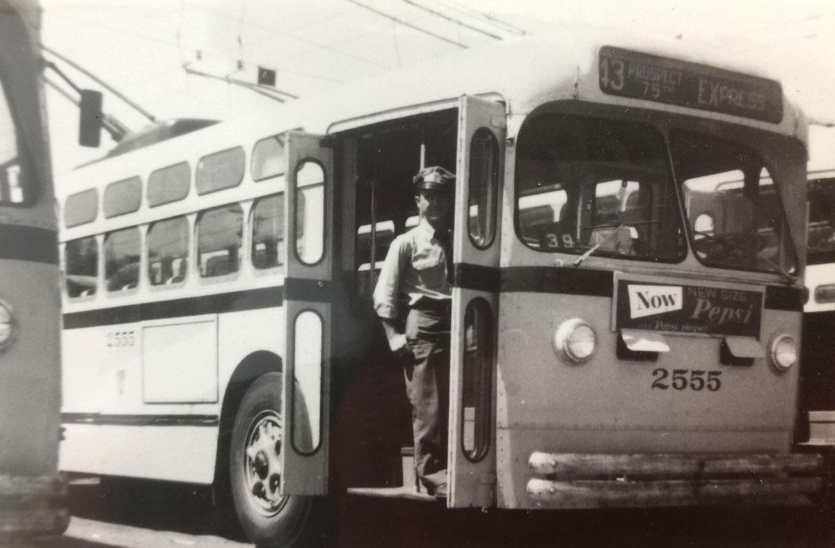 Harold Ambrosius bus