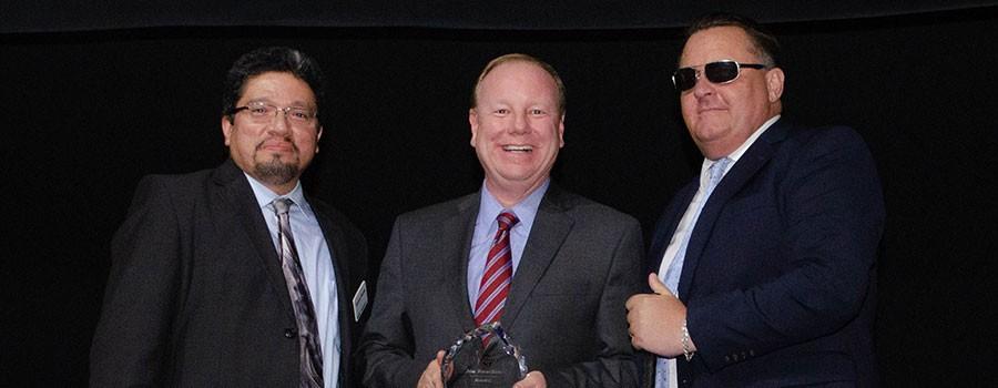Joe Reardon Receives RideKC Award