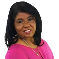 Dr. Gayle Holliday Receives Trailblazer Award